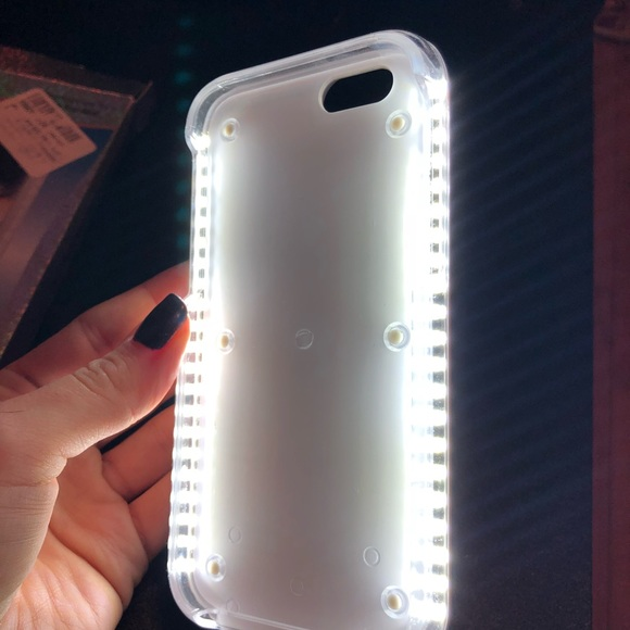 Accessories - 🌿 3 for $20  Selfie light up iPhone 6 and 6s case